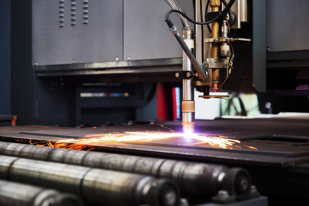 Plasma cutting of metal plate